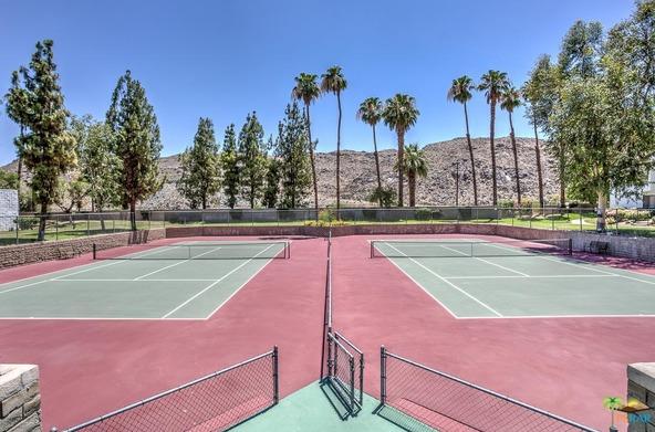 5265 E. Waverly Dr., Palm Springs, CA 92264 Photo 8