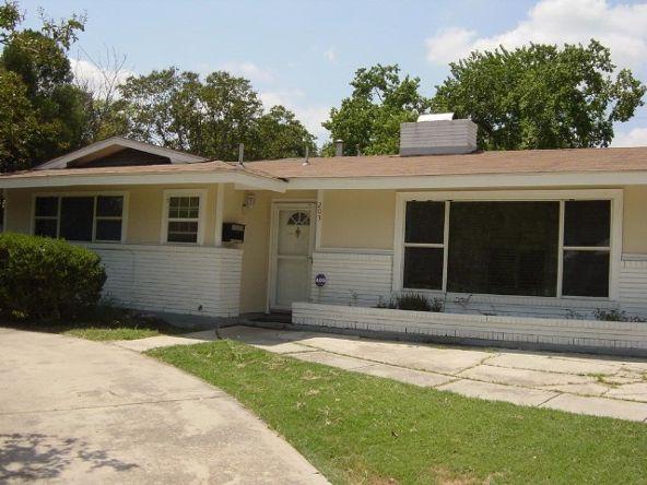 203 Warwich St., San Antonio, TX 78216 Photo 1
