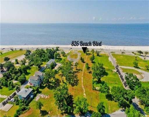 826 Beach Dr., Gulfport, MS 39507 Photo 1