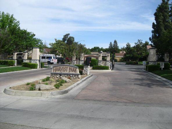 5228 E. Blossom Ln., Fresno, CA 93725 Photo 2