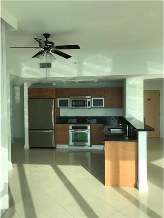 244 Biscayne Blvd. # 4108, Miami, FL 33132 Photo 5