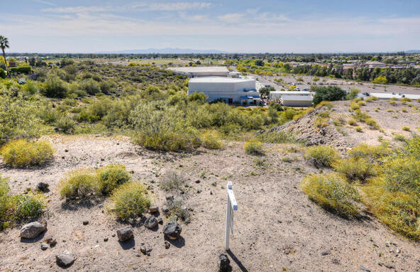 15026 N. 15th Dr., Phoenix, AZ 85023 Photo 9