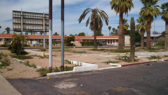 2130 W. Main St., Mesa, AZ 85201 Photo 2