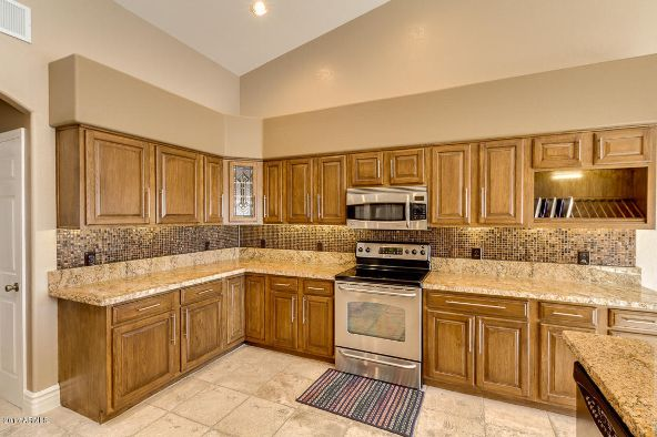 8943 W. Maui Ln., Peoria, AZ 85381 Photo 10