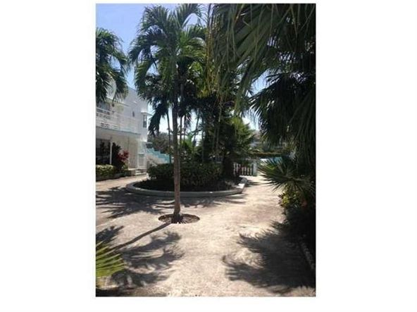 1985 Bay Dr. # 24, Miami Beach, FL 33141 Photo 12