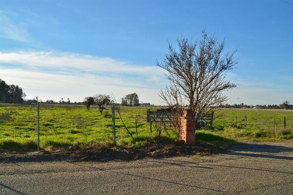 2165 N. Leonard Avenue, Fresno, CA 93737 Photo 1