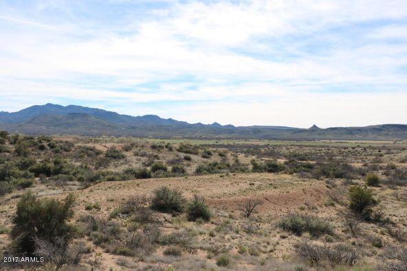 7800 S. Rolling Hills Dr., Kirkland, AZ 86332 Photo 9