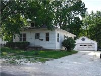 Home for sale: 304 Snedeker, Jerseyville, IL 62052