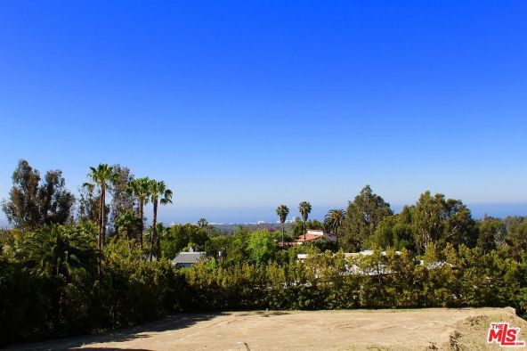 717 N. Tigertail Rd., Los Angeles, CA 90049 Photo 4