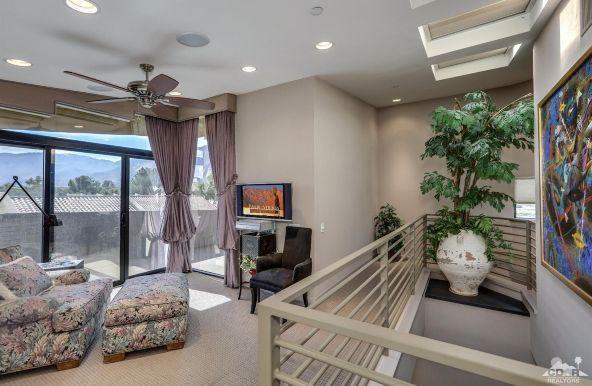 433 North Avenida Caballeros, Palm Springs, CA 92262 Photo 22