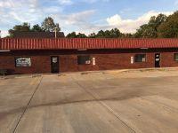 Home for sale: 2008 Hwy. 49 E., Pleasant View, TN 37146