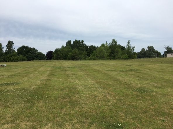1501 Field Cir., Freeport, IL 61032 Photo 2