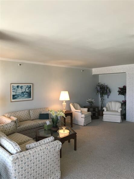 1820 Avenida del Mundo, Coronado, CA 92118 Photo 3