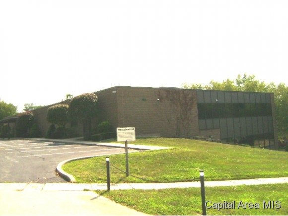 2040 Hill Meadows Dr., Springfield, IL 62702 Photo 3