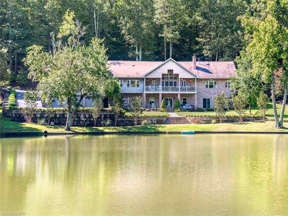 622 Sabine, Hendersonville, NC 28739 Photo 3