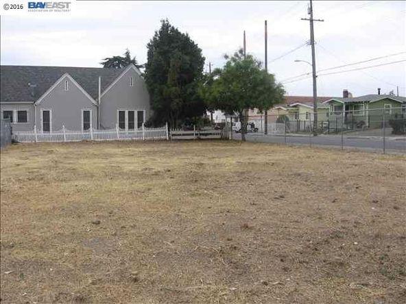 8201 E. Macarthur Blvd., Oakland, CA 94605 Photo 2