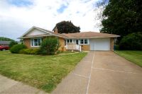 Home for sale: 624 11th St., De Witt, IA 52742