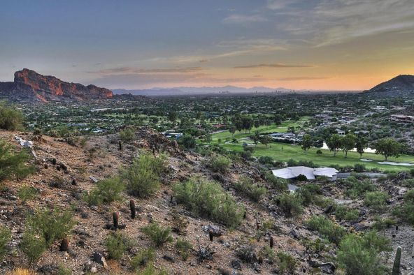 7403 N. las Brisas Ln., Paradise Valley, AZ 85253 Photo 8