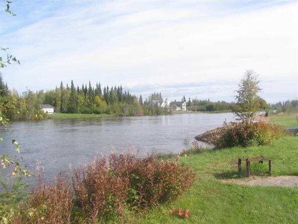 5210 Fouts Avenue, Fairbanks, AK 99709 Photo 4