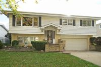 Home for sale: 2411 South Embers Ln., Arlington Heights, IL 60005