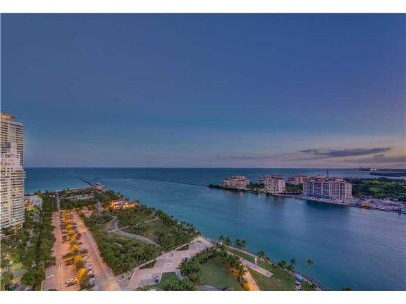 800 S. Pointe Dr. # 2104, Miami Beach, FL 33139 Photo 15