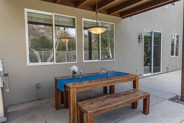 28072 Liana Ln., Valencia, CA 91354 Photo 12