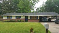 Home for sale: 945 Woodville Dr., Jackson, MS 39212