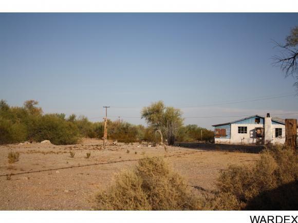 27245 la Posa Rd., Bouse, AZ 85325 Photo 5