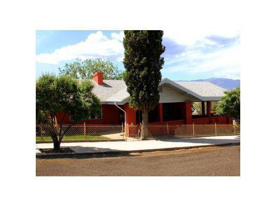 704 E. Sycamore St., Globe, AZ 85501 Photo 1
