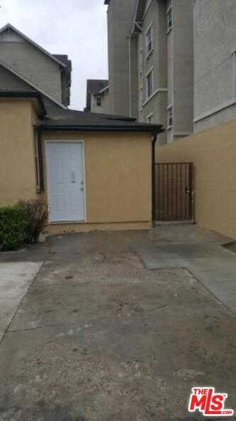 440 W. 78th St., Los Angeles, CA 90003 Photo 2