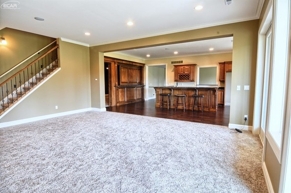 8211 Pine Hollow Trail, Grand Blanc, MI 48439 Photo 28