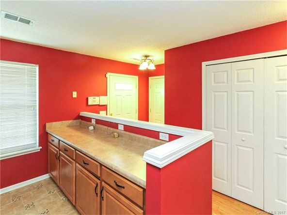 16823 Timber Crossing Rd., Charlotte, NC 28213 Photo 6