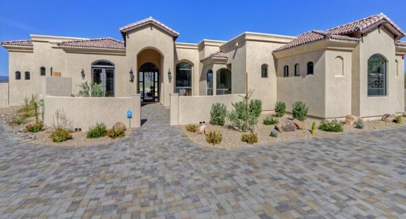 7658 E. Nonchalant Avenue, Carefree, AZ 85377 Photo 3
