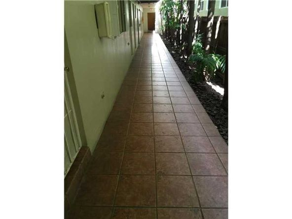 528 Meridian Ave., Miami Beach, FL 33139 Photo 18