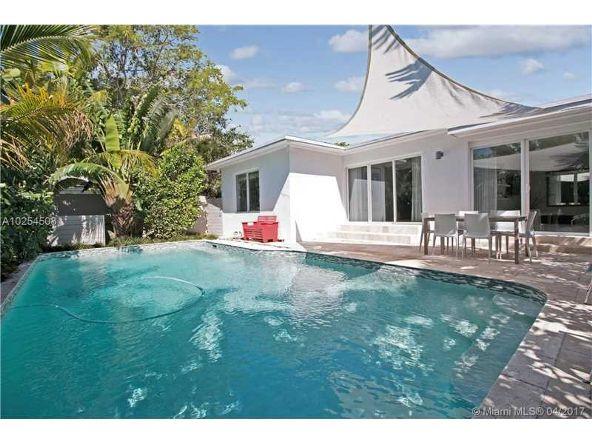 590 W. 49th St., Miami Beach, FL 33140 Photo 1