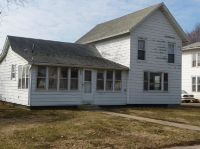 Home for sale: 906 6th Avenue, Belle Plaine, IA 52208