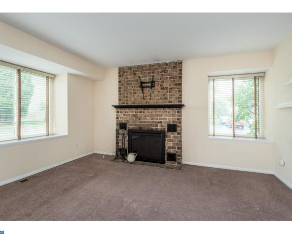 22 Fitzwatertown Rd., Willow Grove, PA 19090 Photo 1