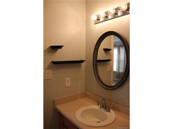 6518 Point Comfort Ln., Charlotte, NC 28226 Photo 3