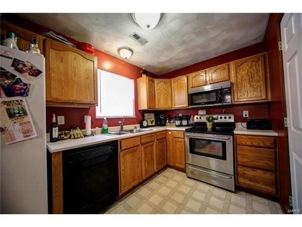 804 Country Meadow Ln., Belleville, IL 62221 Photo 11