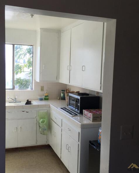 326 Bernard St., Bakersfield, CA 93305 Photo 6