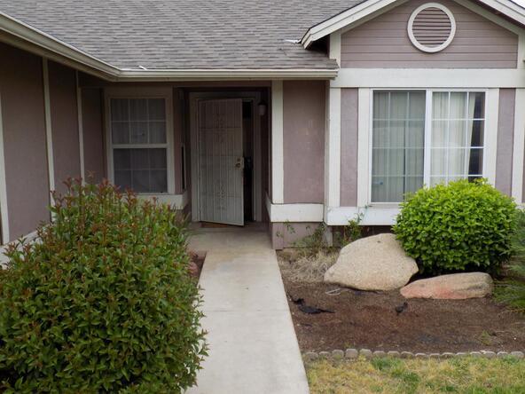 5630 W. Richert Avenue, Fresno, CA 93722 Photo 4
