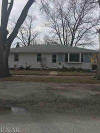 Home for sale: 218 Pickett, Chenoa, IL 61726