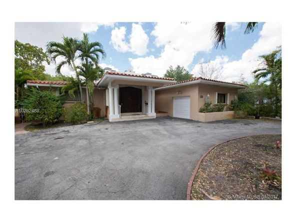 1010 Country Club Prado, Coral Gables, FL 33134 Photo 2