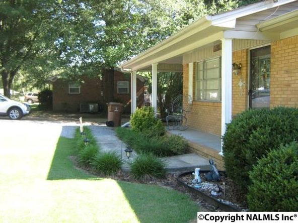 305 Hampton Rd., Hartselle, AL 35640 Photo 3