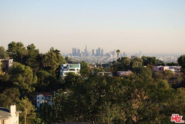 3210 Deronda Dr., Los Angeles, CA 90068 Photo 8