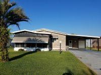 Home for sale: 1628 Pinehurst Dr., Lady Lake, FL 32159