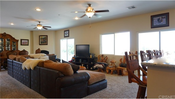 18706 Goodvale Rd., Canyon Country, CA 91351 Photo 5