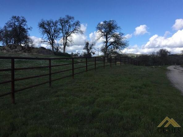 1163 Stockton Dr., Bakersfield, CA 93308 Photo 37