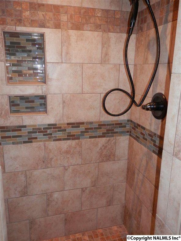 2304 Mountbrook Dr. S.E., Decatur, AL 35601 Photo 6