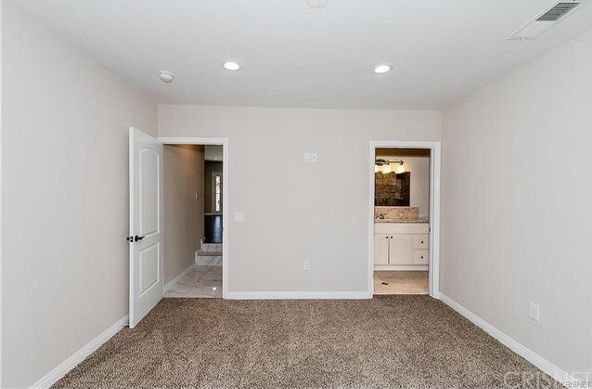 5446 Woodman Avenue, Sherman Oaks, CA 91401 Photo 18